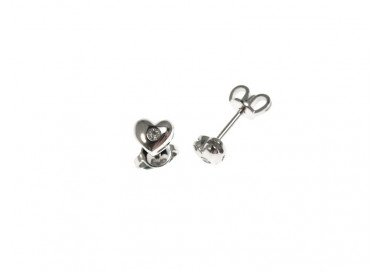Rounded Heart Earrings in white gold and diamonds