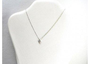 Girocollo con Croce Diamanti foto su espositore