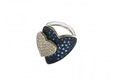 Anello Doppio Cuore con Zaffiri Blu e Diamanti in Oro Bianco 18kt lato 3