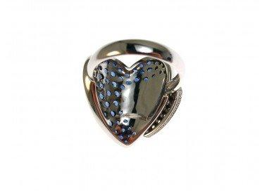 Anello Doppio Cuore con Zaffiri Blu e Diamanti in Oro Bianco 18kt retro