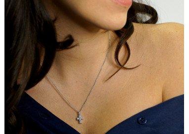 Collana con croce diamanti