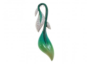 Leaf Charm in 18kt white gold and diamons